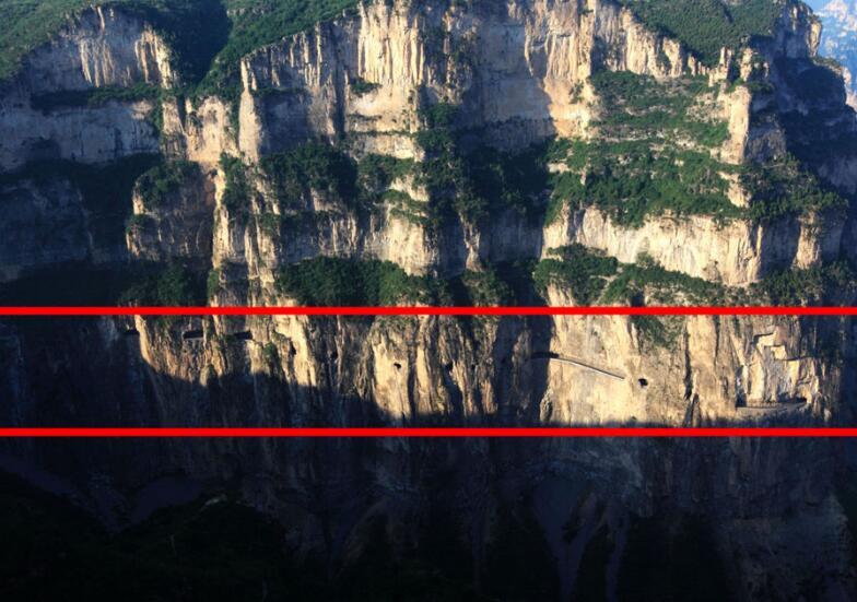 挂在悬崖峭壁上的公路,身后万丈深渊,只有老司机敢飙车