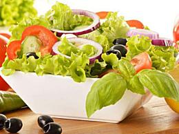 适合做蔬菜沙拉的蔬菜是什么?蔬菜沙拉的蔬菜要烫吗