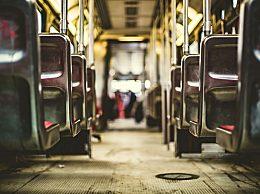 《收费公路车辆通行费车型分类》实施 明年起将按新版标准收取通行