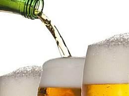 啤酒能和白酒一起喝吗 白酒啤酒掺一起喝好吗