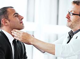 喉咙痛吃什么好?喉咙痛吃什么药物缓解的快
