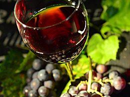 葡萄酒具有哪些功效?喝葡萄酒的六个好处