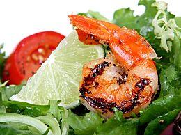 冷冻虾怎么做好吃?油锅干煎的家常做法