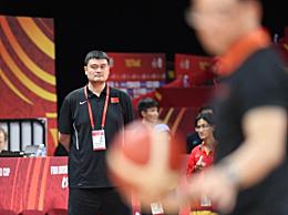 """中国男篮失利谁担责?姚明一个字回应:""""我"""""""
