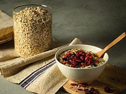 秋季养生保健吃什么粥好?6款秋季肠胃护理养生粥食谱