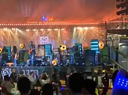 马云再现朋克造型 阿里20周年年会和张勇合唱嗨翻全场