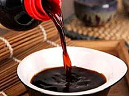 生抽是什么样的调味品?生抽、老抽和酱油的区别