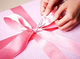 中秋节第一次去女朋友家买什么礼物好?中秋节见女方父母注意事项