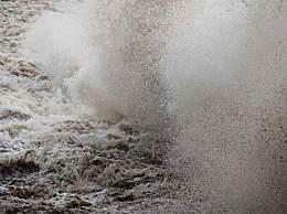 钱塘江大潮原因 钱塘江大潮形成原因是什么