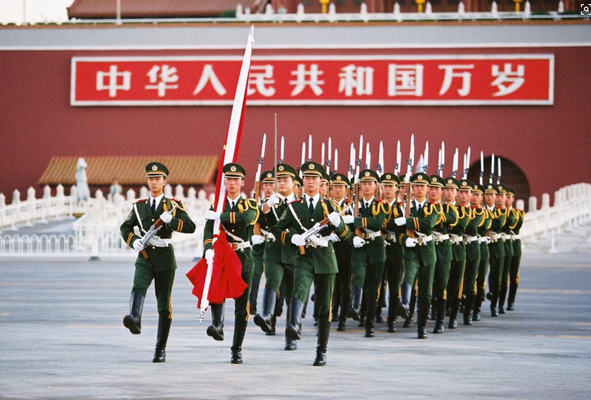 国庆节可以去天安门看升旗吗