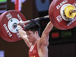 李发彬破纪录夺金 总成绩以318公斤包揽三项冠军