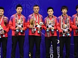 中国男队夺得冠军 亚锦赛中国队3比0横扫韩国实现11连冠