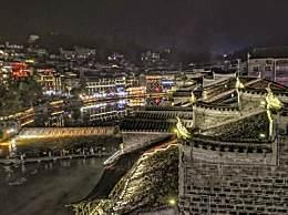 凤凰古城旅游住哪儿好?各种特色酒店任你挑!