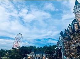 十月份去越南旅游热吗?越南旅游穿什么好?
