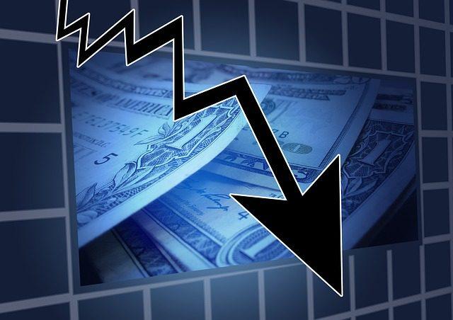 股市与gdp_美国首季GDP糟糕股市不跌反涨专家:认为与金融危机不同(2)
