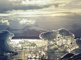 """瑞士人为冰川办葬礼 正式宣告皮措尔冰川""""死亡"""""""