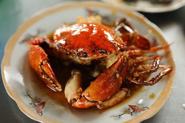 蒸好的螃蟹如何保存_蒸熟的螃蟹怎么保存能保存多久 螃蟹隔夜能吃吗有什么危害_四海网