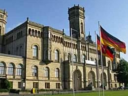 凭高考成绩可申请德国本科 高考525分以上可直接申请
