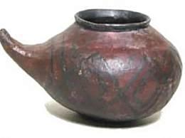 史前人类也用奶瓶 小型陶制带嘴容器或是史前给婴儿喂食的奶瓶