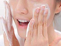 午休2个小时需要卸妆吗?午睡后要不要洗脸