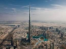 世界上最高的楼 哈利法塔高828米耸入云端