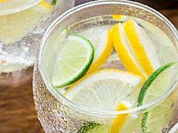 柠檬水是酸性还是碱性 什么时候喝柠檬水最好最健康