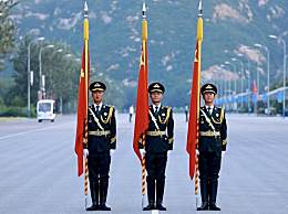 阅兵率先走过天安门的人是谁 他们引领受阅大军接受检阅