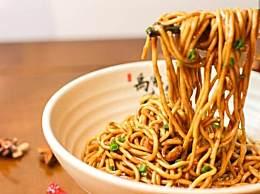 国庆外卖销量前三 上海生煎武汉热干面你吃了吗