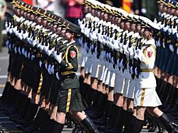 观看中国70周年大阅兵观后感场面描写作文500字800字
