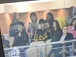 周杰伦昆凌观看比赛 NBA总裁亚当肖华连夜抵达上海