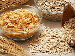 燕麦片不适合哪些人群 燕麦片的饮食禁忌和副作用介绍