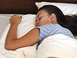 睡太多增痴呆风险 睡9小时认知能力全面下降