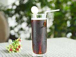 可乐在生活中的妙用!可乐的用途有哪些