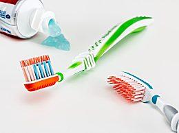 刷牙前牙膏可以沾水吗