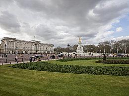 英国王室富豪榜 伊丽莎白二世居榜首财富达16亿英镑