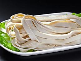 干豆腐和千张皮哪个好吃 干豆腐和千张皮的区别介绍