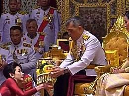 泰国王妃被剥夺全部头衔 贵妃诗妮娜被剥夺头衔原因详情