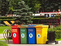 为防止混装混匀 北京已经开始试点垃圾分类专车专运