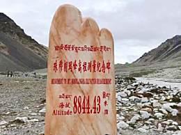 珠峰中队友滑坠为什么不救?