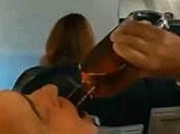 波音737引擎故障 机上乘客惊慌受惊