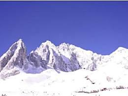 十一月去玉��雪山�囟鹊�幔渴�一月去玉��雪山穿什么?