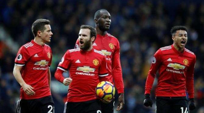 英超第10轮:利物浦6分领跑 曼联获联赛客场首胜
