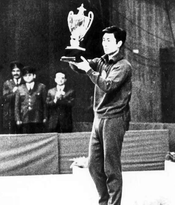 前乒乓球世界冠军郗恩庭去世享年73岁