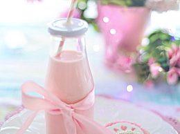 早上喝纯牛奶好还是酸奶好?牛奶配什么更有营养