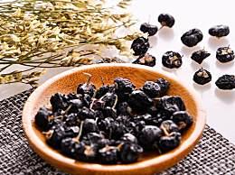 黑枸杞可以和菊花一起泡茶喝吗?黑枸杞的功效和作用