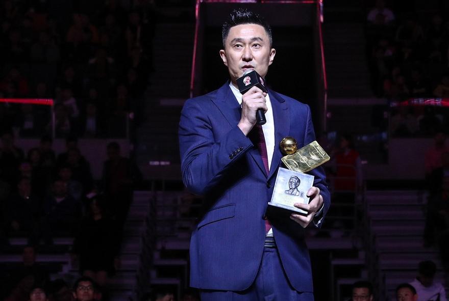 中国男篮正式换帅 杜锋接替李楠上任国家队主帅