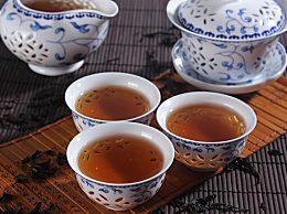 中老年人喝什么茶好?推荐几种降压除湿的养生茶