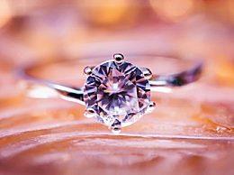 全球钻石供应过剩 钻石行业也遇到危机
