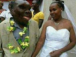 世界上最丑的男子 结两次婚生8个孩子