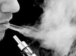 中国约有1000万人使用电子烟 主要以年轻人为主